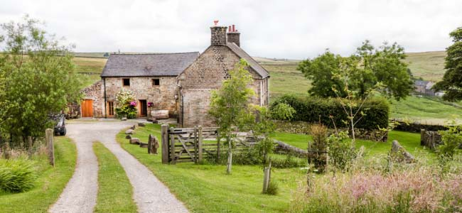 drive to Herdwick Barn
