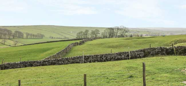 highfields-barn-view